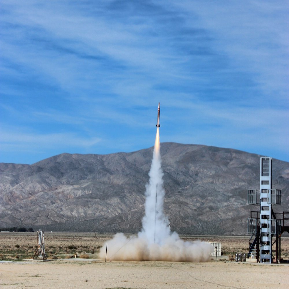Click HERE to read more about the successful Deja Vu II flight - At 1:52pm on Saturday, November 21st, Déjà Vu took to the Mojave skies, soaring beautifully from the launch rail to reach apogee at just over 25,000 feet...