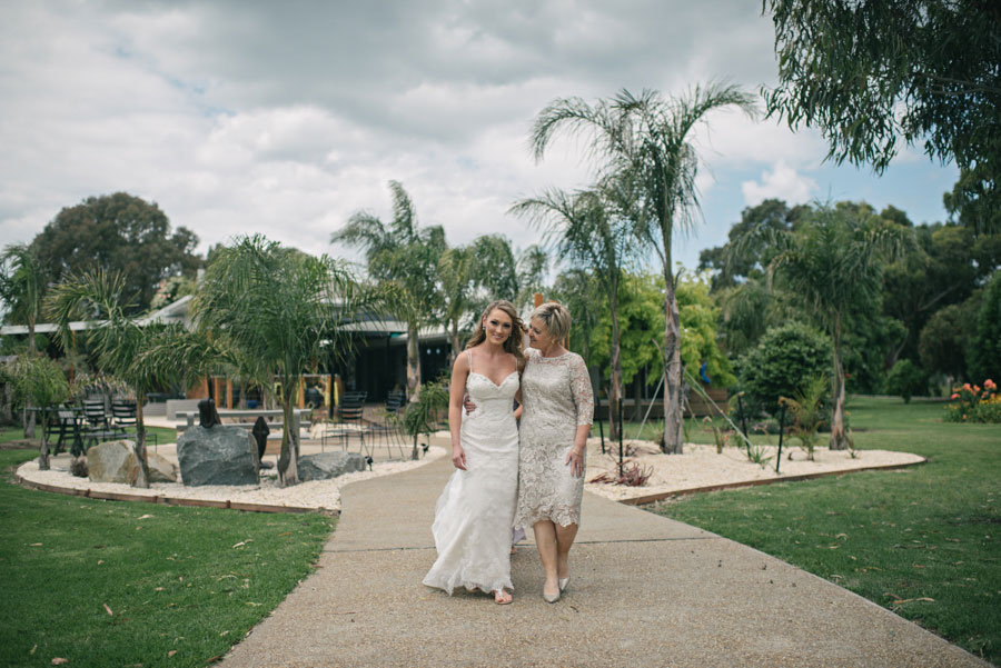 wedding-photography-bairnsdale-brooke-trent-033.jpg