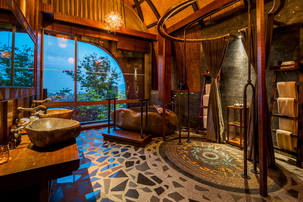 The bathroom was stunning!