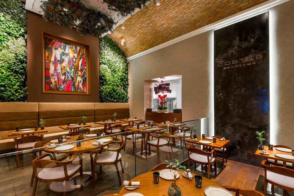 Restaurant Costes Downtown at Prestige Hotel