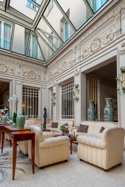 The lobby area at Corona D'Oro in Bologna, Italy
