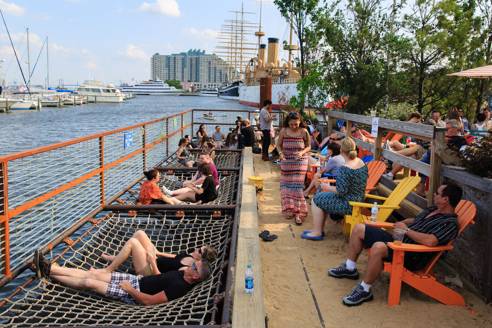 Spruce Street Harbor Park (Photo Credit: delawareriverwaterfront.com