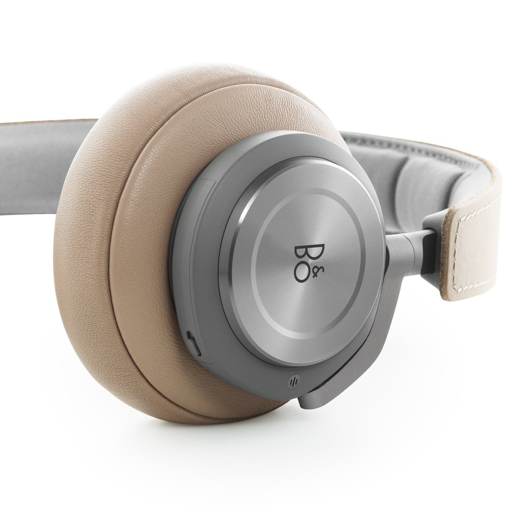 HeadphonesChristams.jpg