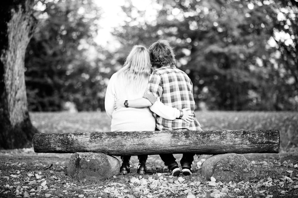 kjærestefotograf-kjærestefotografering-parken-sarpsborg-fredrikstad-