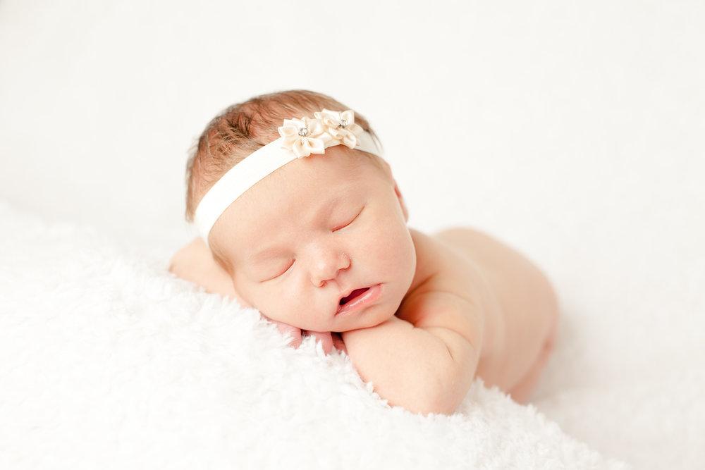 nyfødt-nyfødtfotograf-nyfødtfotografering-fotograf-hodnedesign-pål-hodne-48.jpg