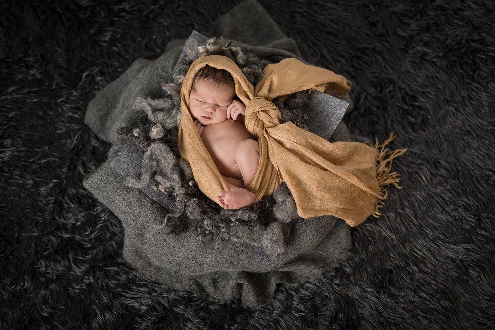 nyfødt-nyfødtfotograf-nyfødtfotografering-fotograf-hodnedesign-pål-hodne--12.jpg