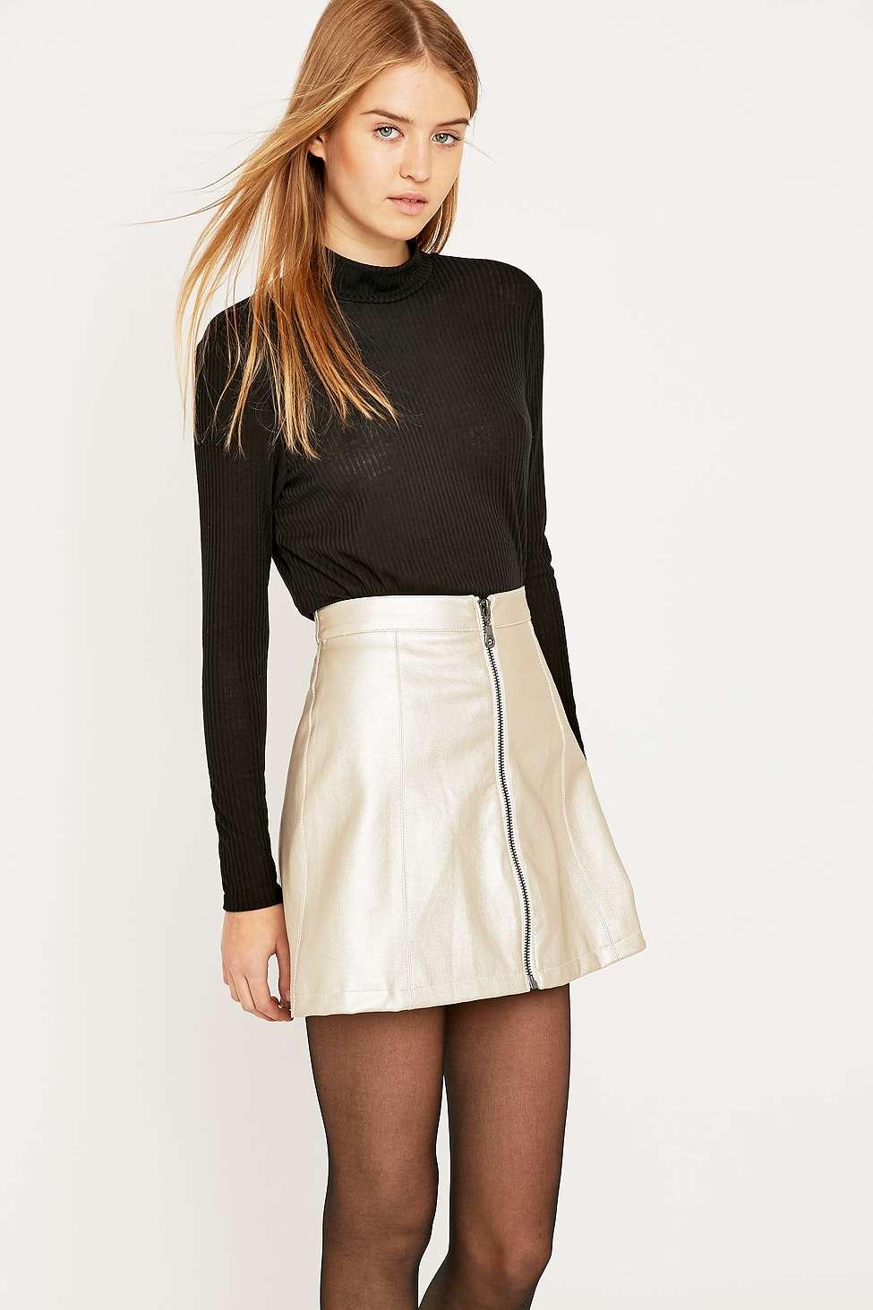 mini.skirt