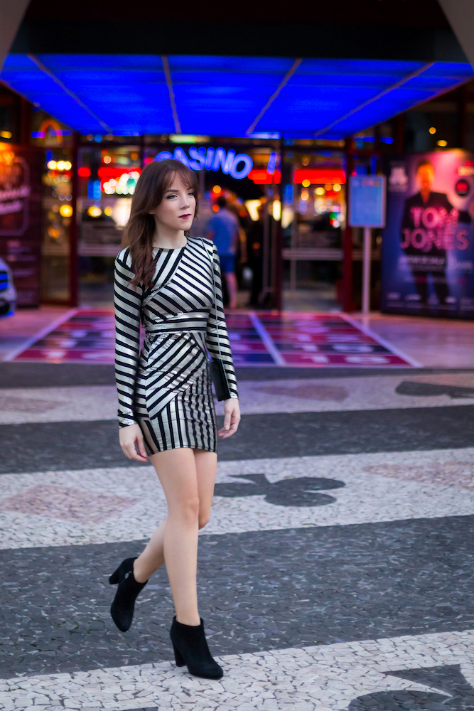 silver_girl_casino_3.jpg