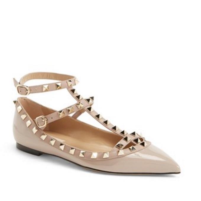 Silver_gir_shoes_cravings_6.jpeg