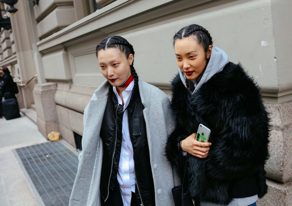 Sunghee Kim (left)