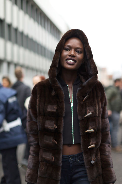 brown-street-style-mfw-2016-day4-05.jpg