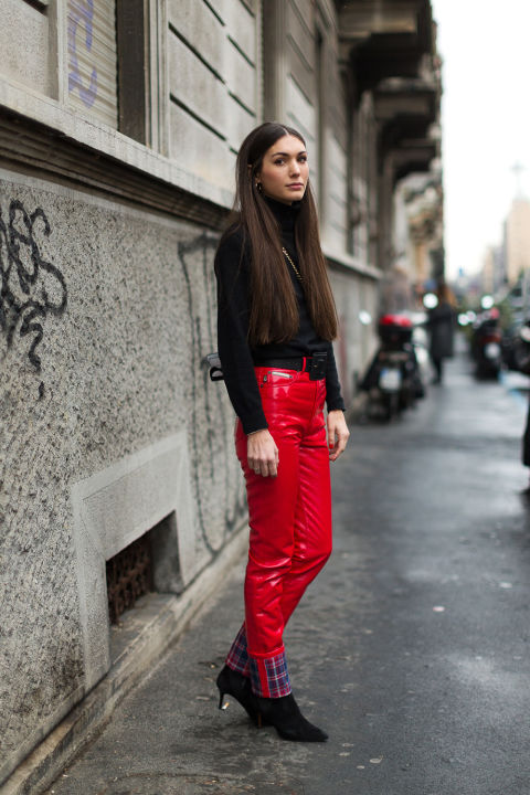 red-street-style-mfw-2016-day4-11.jpg