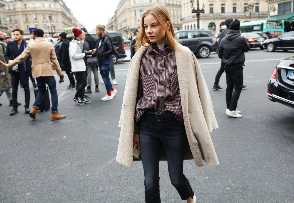 29-phil-oh-street-style-paris-fall-2016-rtw.jpg