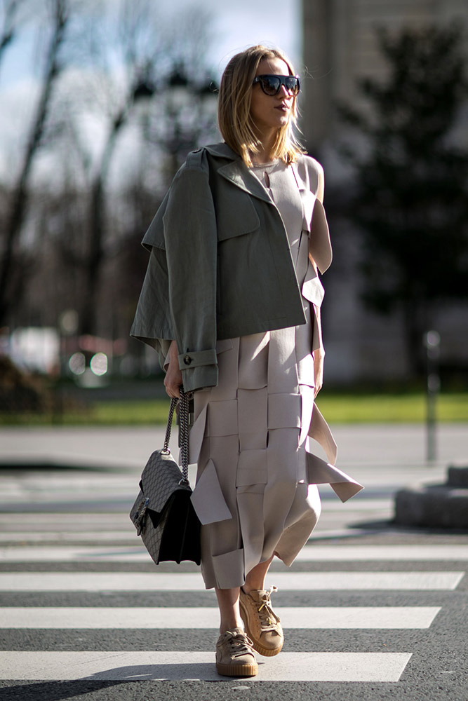 Beige-paris-str-rf16-7976.jpg