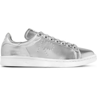 silver_girl_metallic_sneakers_2.jpg