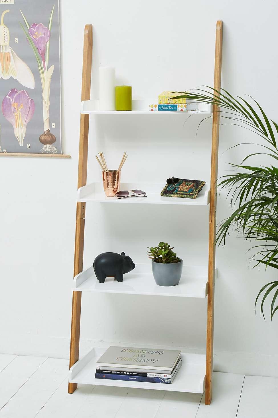 Beeb Leaning Shelf