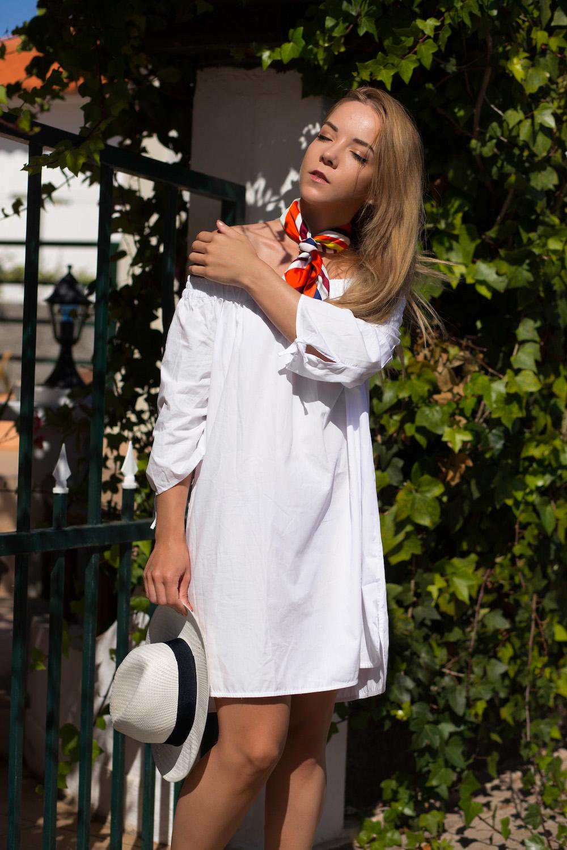 silver_girl_cour_de_maison_07.jpg