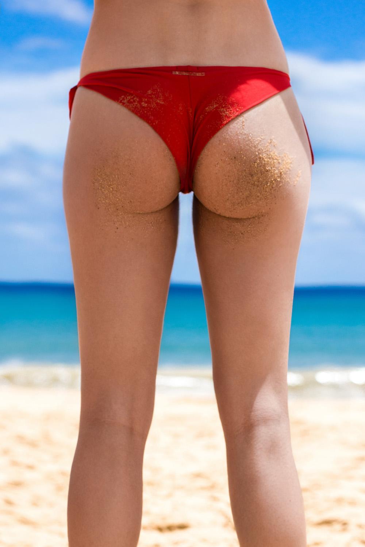 silver_girl_beach_body_1.jpg