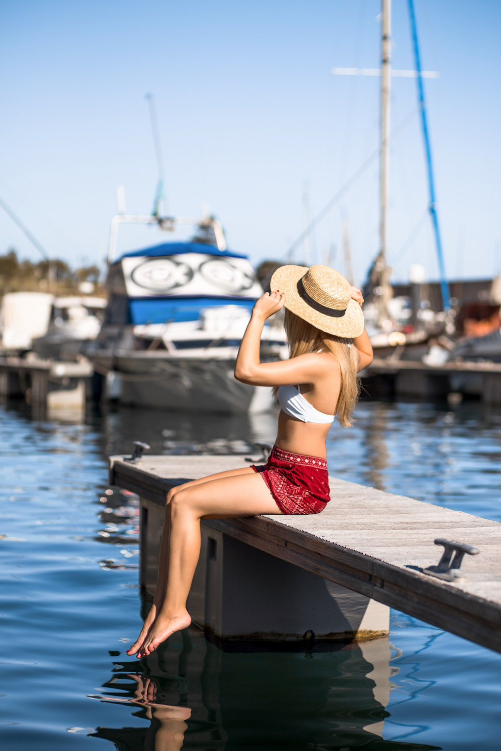 silver_girl_yacht_harbour_1.jpg
