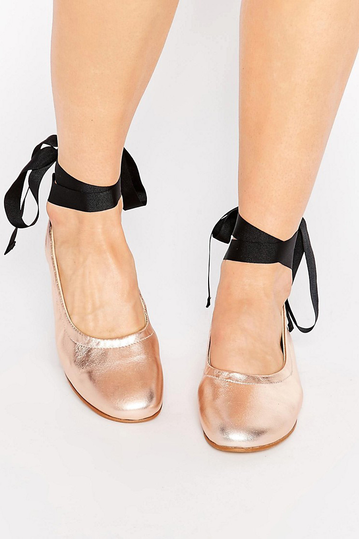 IT CLOSET: BALLERINA SHOES - Silver Girl