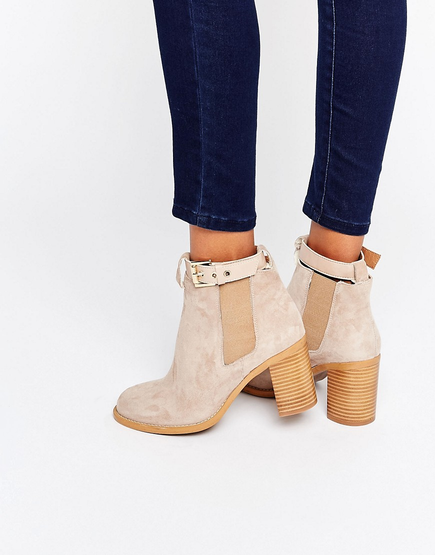 WINTER ESSENTIALS: TAN SUEDE ANKLE BOOTS - Silver Girl