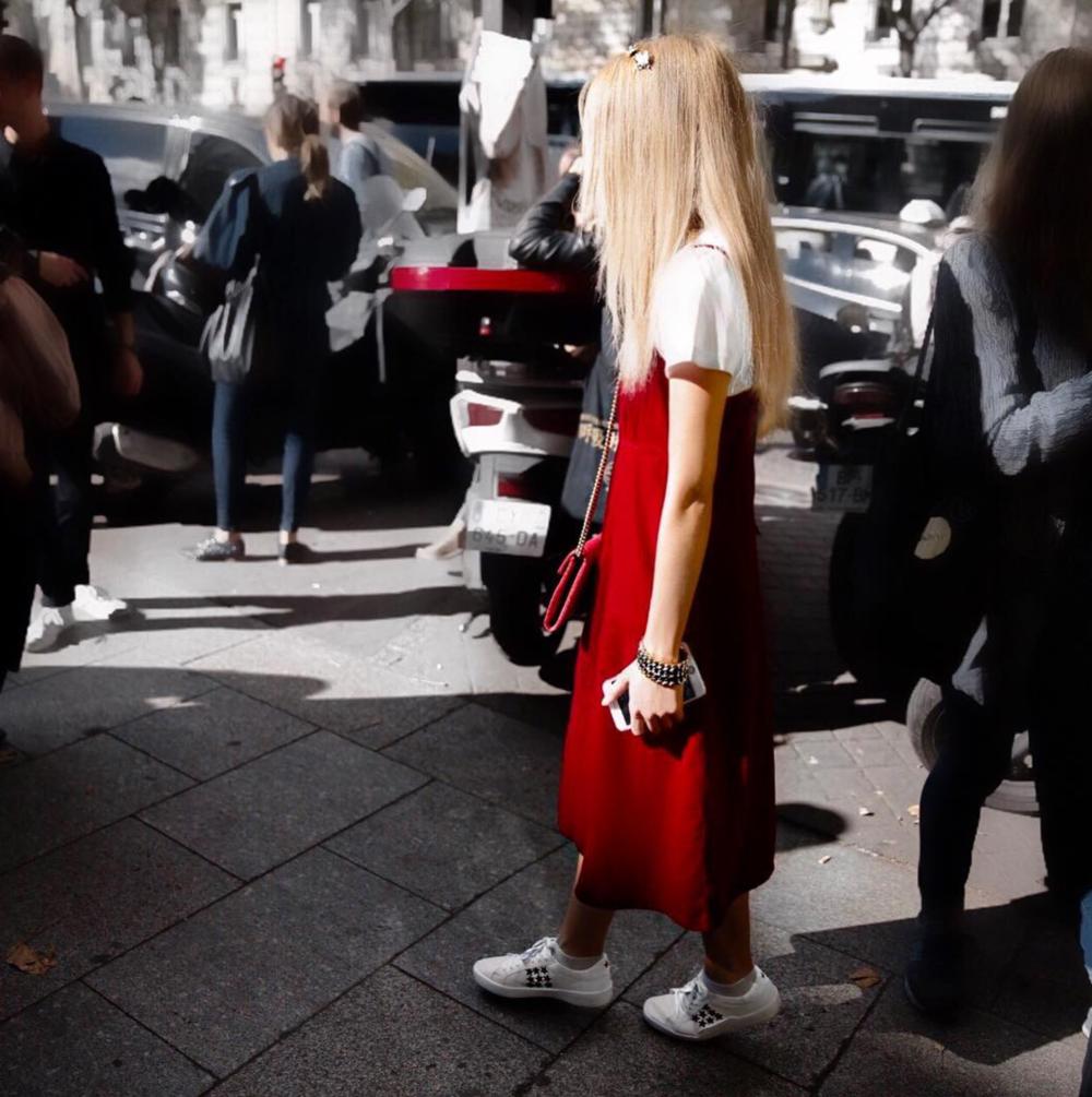 red velvet pfw streetstyle silvergirl
