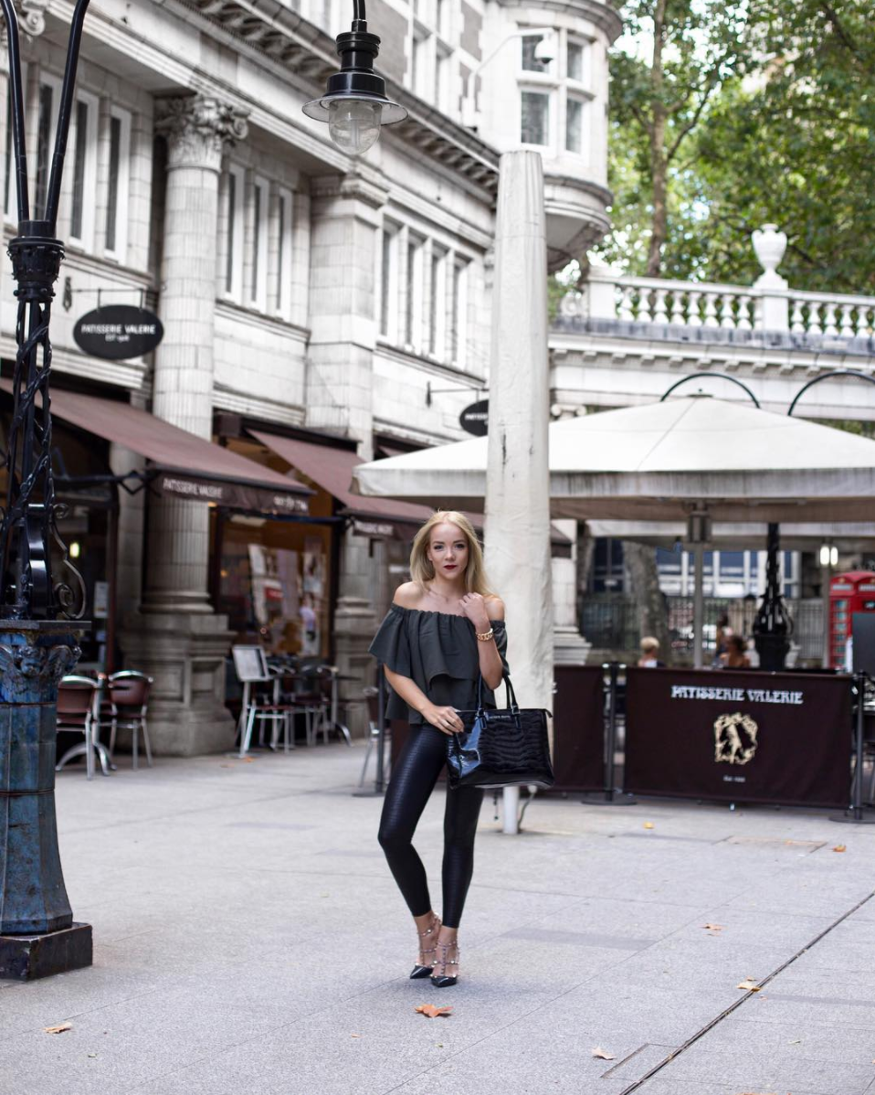 sicilian avenue london street style silver girl