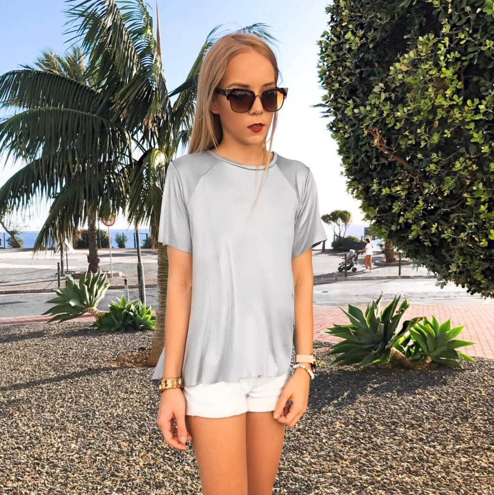 silver tshirt oversized sunglasses style inspiration