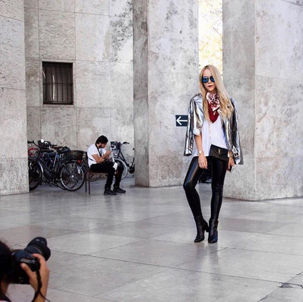 palais de tokyo paris fashion week show street style