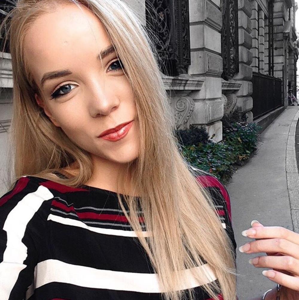 striped Y.A.S. dress mini selfie instagram miasoarez