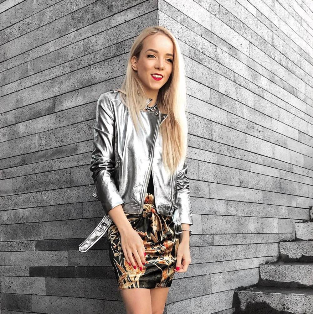 silvergirl silver jacket metallic