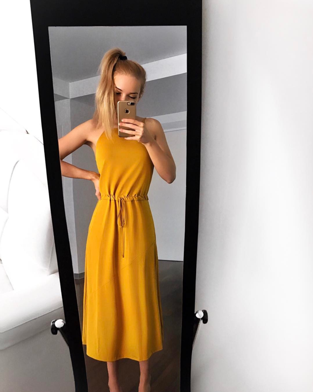 yellow satin dress blonde hair instagram miasoarez