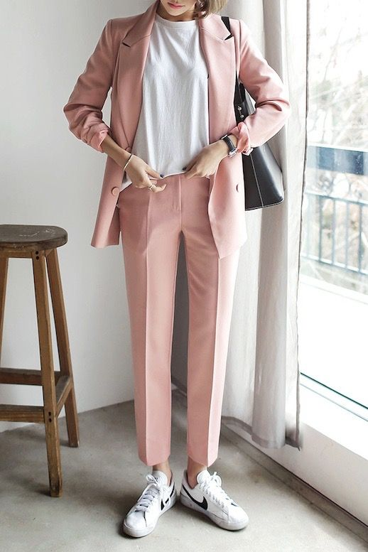 TREND PREDICTION - PINK SUIT