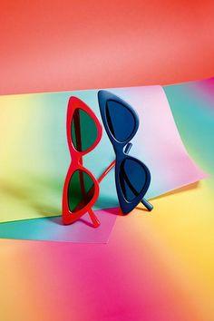 47d53e368cdb51072ebaaacd17923b60--le-specs-retro-sunglasses.jpg
