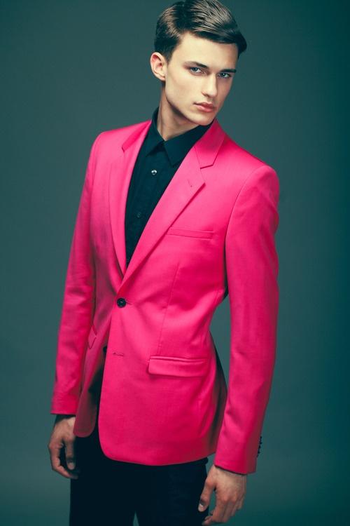 b4946c60ece502a8148f88c50f9502f2--fashion-identity-pink-blazers.jpg