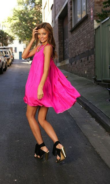 aa8fc2b4dd5b7a8f524aa05eac9c8811--hot-pink-dresses-flowy-dresses.jpg