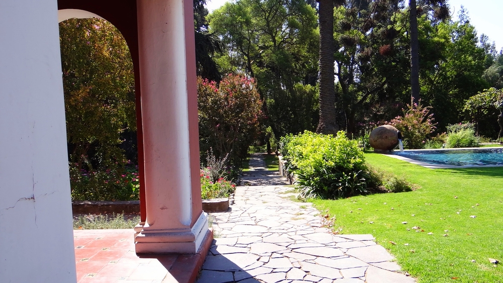 Casona Carrera Boutique Hotel Maipo Wine Valley Santiago Chile gardens and pool