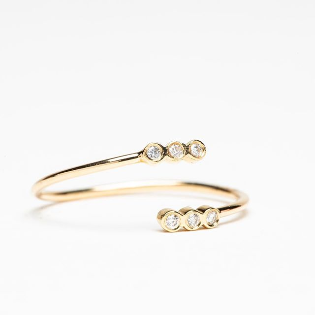 Zoe Chicco 14K + diamond bypass ring. Closing sale...All fine jewelry 40% off!  Open 11-5 #honeyandroshop #closingsale #40off