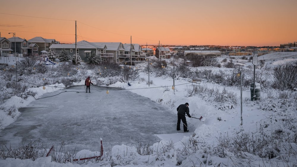 Jan 5 - Pond Hockey.jpg