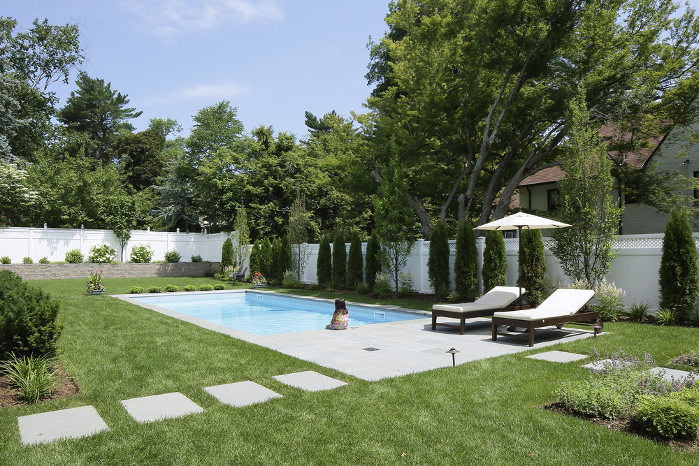 Modern-pool-backyard-garden