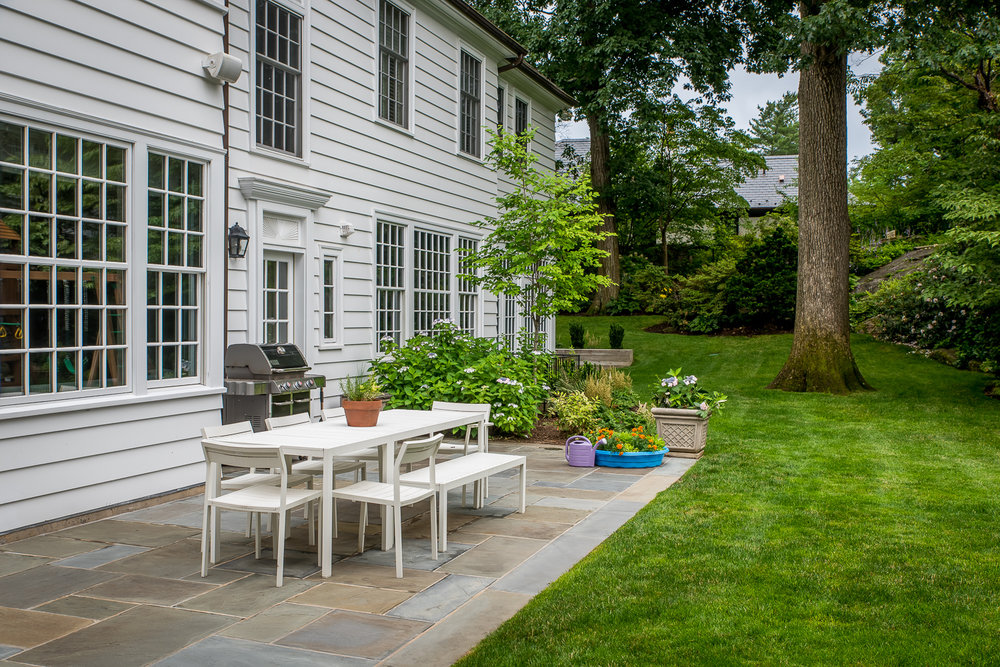 7-Bronxville-Estate-Dining-Patio.jpg