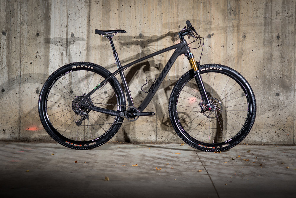 LES Carbon  -  29"