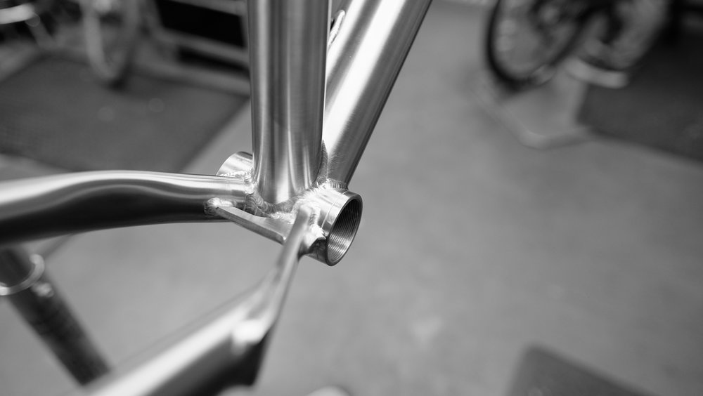 Timberjack_Ti_Bottom_Bracket