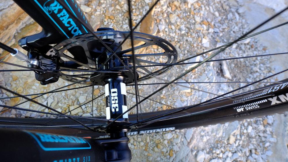 Yeti Cycles SB5.5  -  Hubs