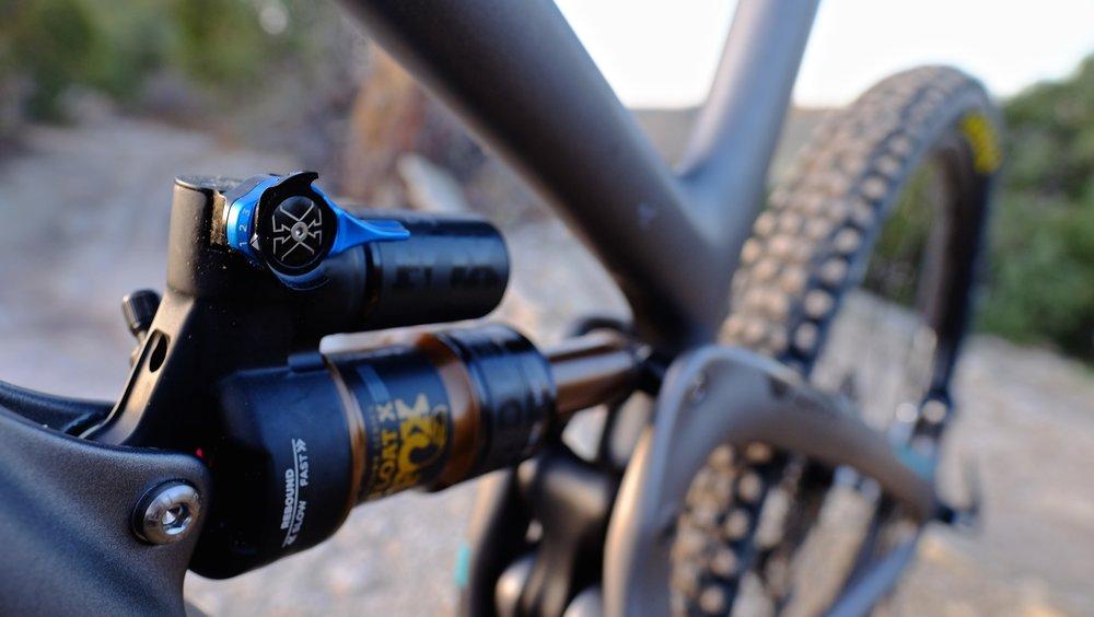 Yeti Cycles SB5.5 - Shock