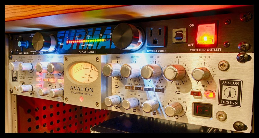 Hear the difference a tube pre-amp can make! AVALON Vacuum Tube @Perfechter