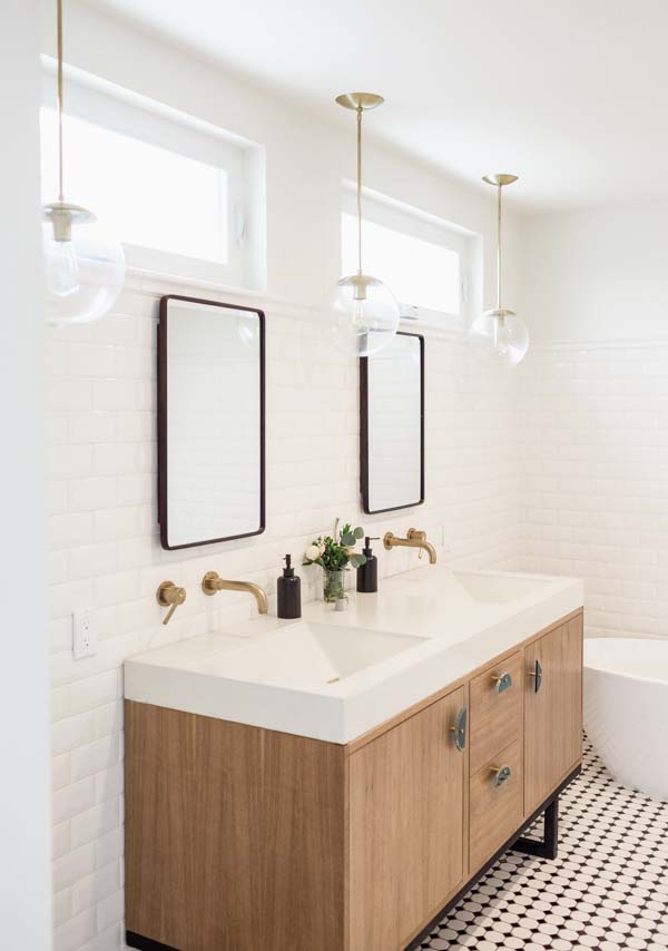 tiledbathroom.jpg
