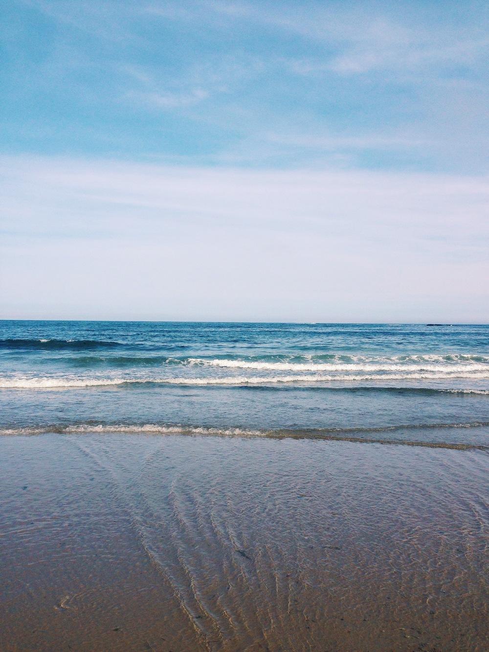 SimplyElegant_OceanWaves_Maine