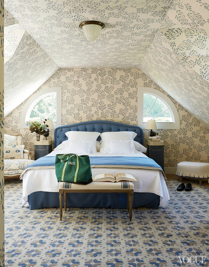 Locust Valley Bedroom with John Rosselli Wallpaper -Emilia Fanjul Pfeifler