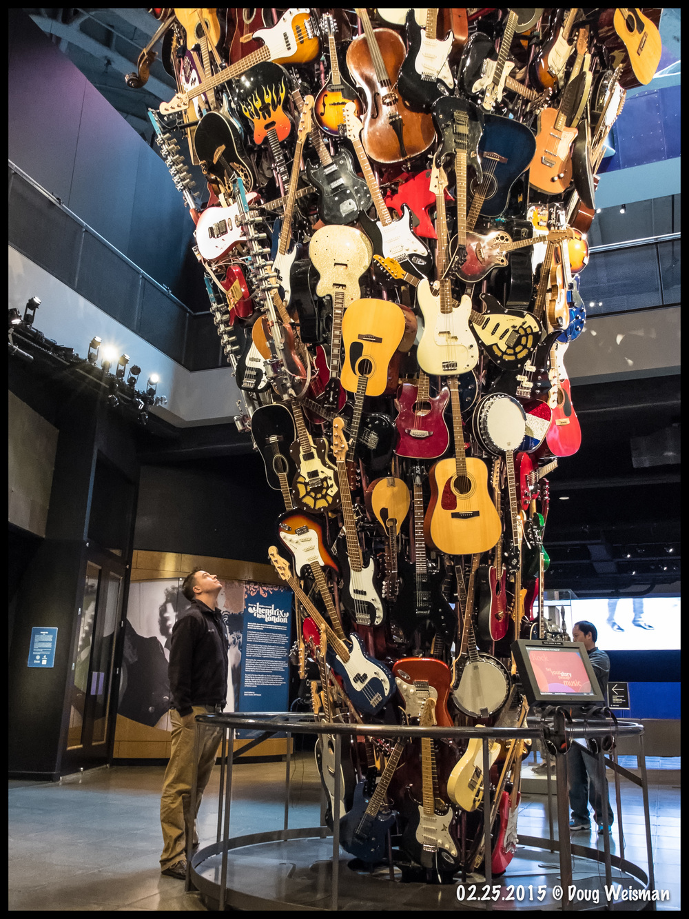WOW!  That's a lot of guitars!